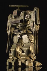 "1:100 Macross - Destroid ""Defender"" ADR-04-Mk. X - on black (dizzyfugu) Tags: anime giant robot model fighter transformers kit japanimation valkyrie macross robotech modellbau modelkit battroid zentraedi protoculture destroid gerwalk oav dizzyfugu"