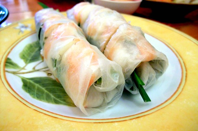 Steamed Prawn Rolls