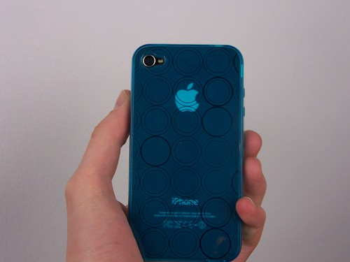 Bubbles case blue