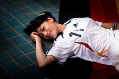 [フリー画像] 人物, 女性, アジア女性, サッカー, 寝転ぶ, 201008140900