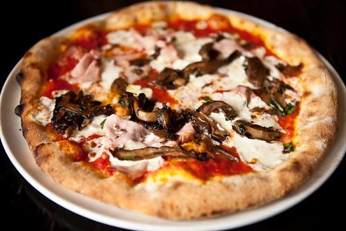 ham pizza-1