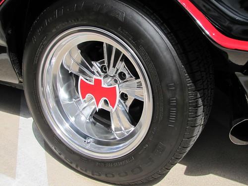 The '66 Batmobile: Wheel and hubcap