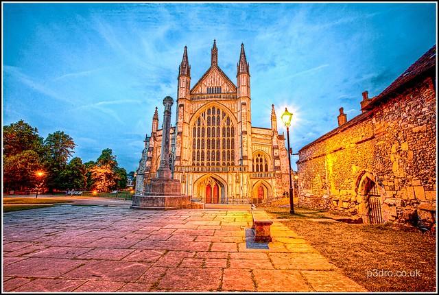 Titre de la photo : Winchester Cathedral - c mobilevirgin via www.flickr.com