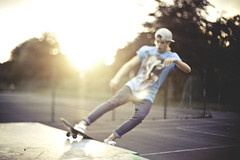 ++++++ (joshuaporter.co.uk) Tags: uk light sunset portraits canon 50mm golden clothing natural f14 skating leeds hour skate skater headingley nokturnal 5dmarkii freelensing paulwapowatson joshuaporter2010