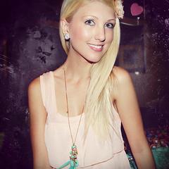 Shandi-lee VIII {hearts} (Shandi-lee) Tags: pink selfportrait girl smile necklace bedroom heart greeneyes blonde accessories hm heartearrings shandilee shandi1337