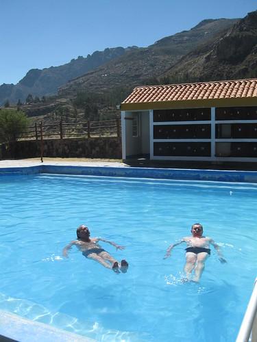 2010-4-peru-174-chivay-baths la calera