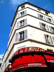 Caf des 2 Moulins (Riccardo Signore) Tags: paris caf montmartre parigi amliepoulain cafdes2moulins ilfavolosomondodiamlie