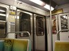 Métro - 29 (Stephy's In Paris) Tags: paris france underground subway nikon metro métro francia stephy métroparisien métropolitain métrodeparis stephyinparis coolpixp5100 nikoncoolpixp5100