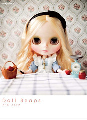 doll snaps