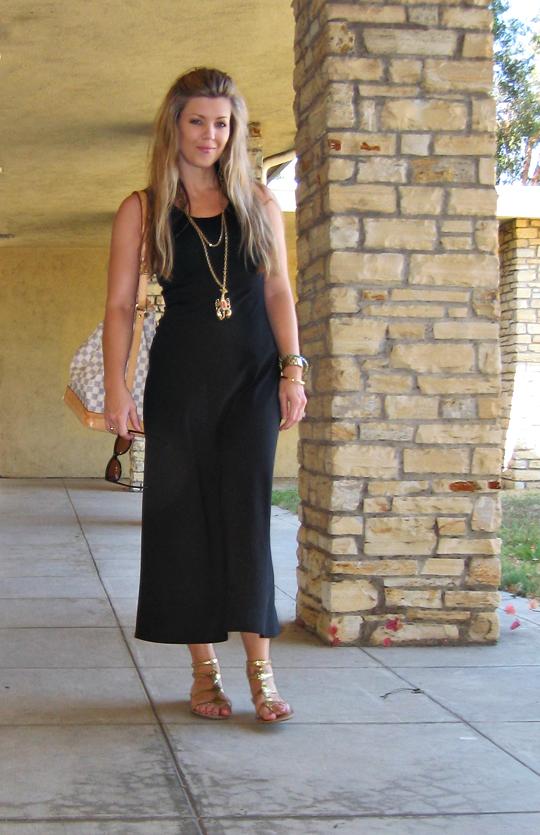 black dress+louis vuitton azur damier bucket noe bag+gold accessories+tom ford sunglasses
