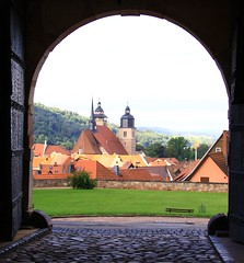 (:Linda:) Tags: door castle metal architecture germany outside town gate open thuringia clocktower cobblestone inside archway schiefer pflasterstein schmalkalden cobbledstone slateshingle slateshingled schiefergedeckt