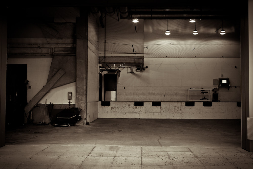 Loading Dock, 555 Mission