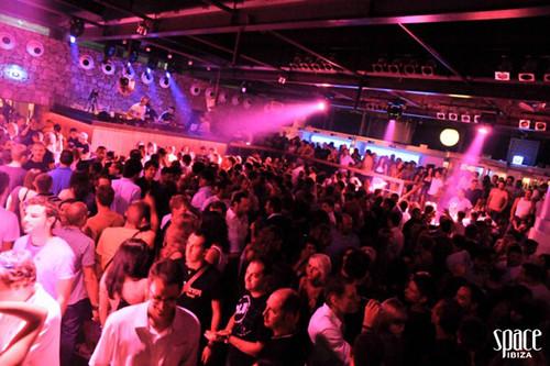 DJ Iban Reus and Rad Damon aka KODIAK @Space Ibiza Opening 2011 4931264289_4a3b90fa06