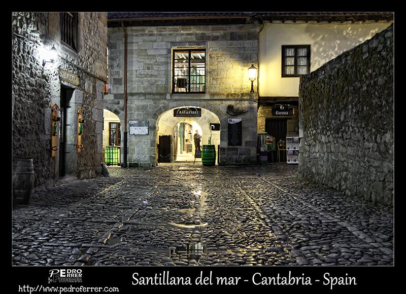 Santillana del Mar - Calle del Racial - Cantabria - España
