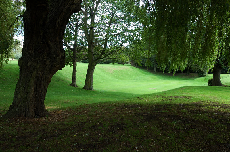 Wanstead Golf Club :: Click for previous
