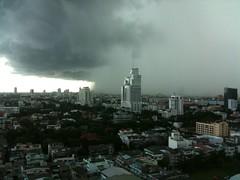 Wall of Water (-=.J.W.=-) Tags: bangkok monsoon