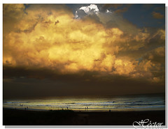 MAR Y CIELO-  SEA AND SKY (hmlaplata) Tags: sea sky paisajes blanco argentina clouds atardecer landscapes mar agua nikon hector amarillo cielo nubes  paysages paisagens p90 landschaften landskap paisatges maisemat paisaxes  landskaber  maastikud hmlaplata krajiny  peisazhete  krajolici