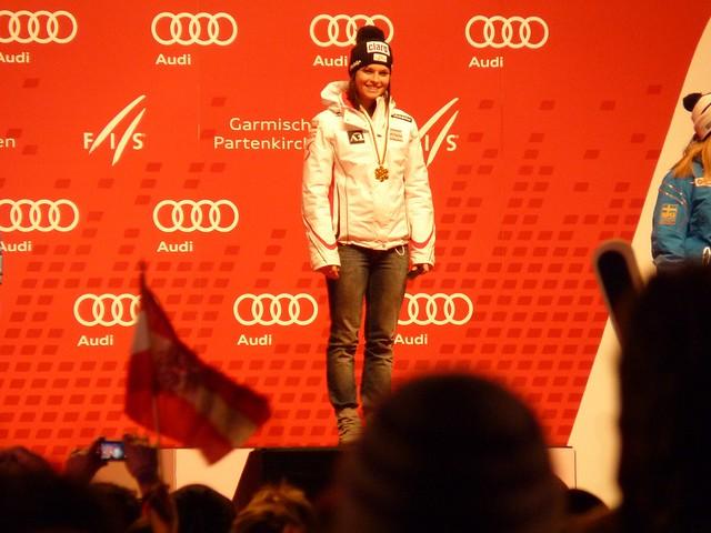 Ski-WM 2011, Weltmeisterin Fenninger, Siegerehrung Super-Kombi