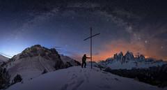Noches en Dolomitas (Pablo RG) Tags: dolomitas milkyway noche mountain dolomiti via lactea estrellas paisaje landscape italia italy