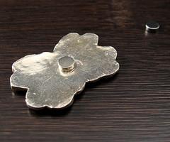 "garnet ""pin"" back III (maianajewel) Tags: pin brooch magnet magnetic garnet artclaysilver finesilver"