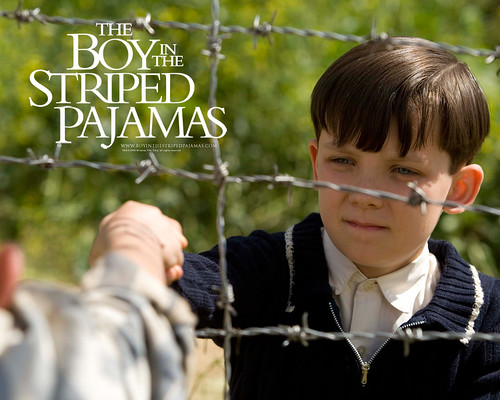 asa_butterfield_in_the_boy_in_the_striped_pyjamas_wallpaper_2_800