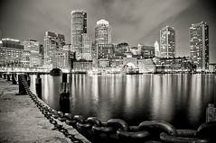 Boston Harbor at night (Manu_H) Tags: nightphotography bw usa reflection water monochrome boston skyscraper port harbor blackwhite eau cityscape nightscape unitedstates noiretblanc massachusetts newengland chain downtowncrossing chaine gratteciel nouvelleangleterre longexposition photographiedenuit hdrprocessed da1650 pentaxphotogallery smcpda1650mmf28edalifsdm ppgaccepted expostionlongue