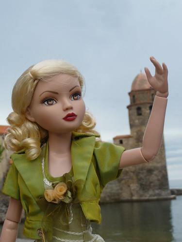 Mon ellowyne à Collioure !!! (basique blonde 1) 4744347532_60d0f9e561