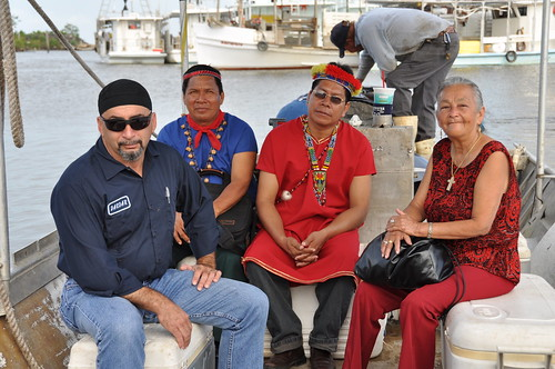 Oil spill boat trip with Houma and Ecuadorean leaders