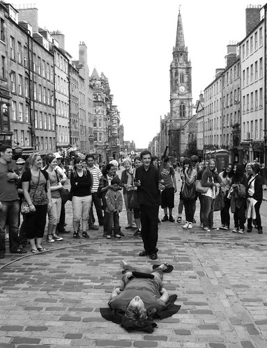 knife juggler on the mile 03