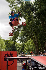 Mountain Board rider (Gary W Mellor) Tags: jump ramp sony sheffield beercan extremesports dslr a200 airtime cliffhanger mountainboard xgames millhousespark minibeercan