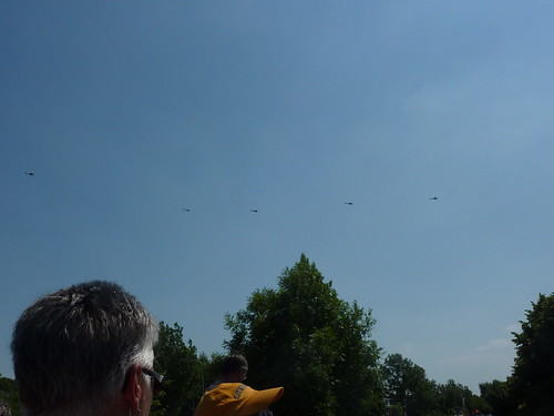 Many helicopters above Goes during Tour de France