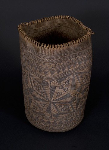 //Ajat basket//, Penan people. Borneo 20th century, 20 (cm) diameter by 35 (cm) height. Hornbill motif. From the Teo Family collection, Kuching. Photograph by D Dunlop.
