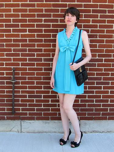 blue_dress_2