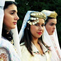 Serbian national costume from Vranje (Tanjica Perovic) Tags: girls portrait beautiful smile photography costume fotograf photographer veil coins folk embroidery candid serbia profile culture national tradition groupportrait folkdance threegirls thelook ensamble serbian  ducat srpski vranje fotografija  whiteveil dukati  southernserbia nosnja juznasrbija internationalfolklorefestival2009pirotserbia srpskanarodnanosnjavranje goldducat  tanjicaperovicphotography medjunarodnifestivalfolklorapirotsrbija internationalfolklorefestivalpirotserbia folkloredanceensamble
