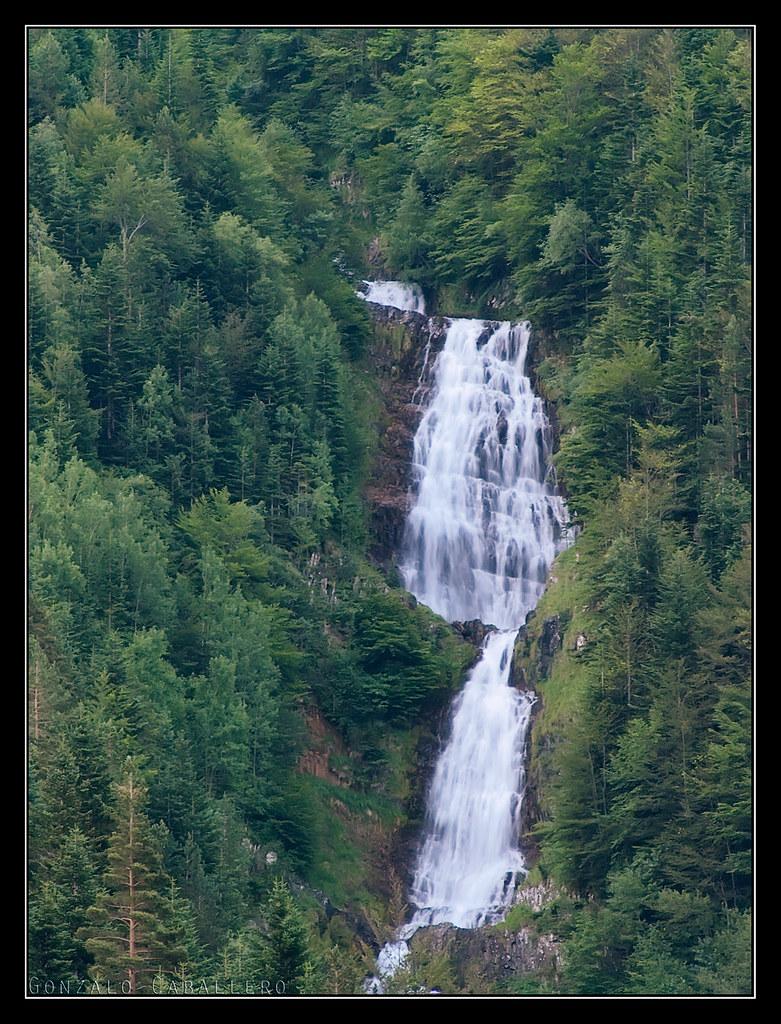 Cascada en el Valle de Bujaruelo