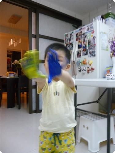2Y8M第一次在家「玩」水彩 (4)