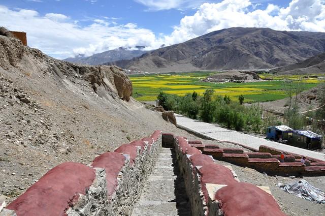 Tbjun22-2010 (35) tombs of the kings
