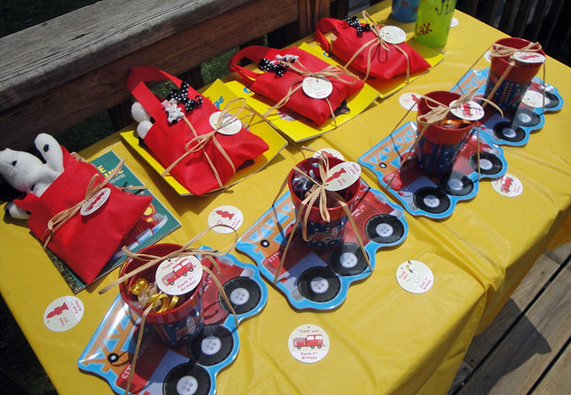 fire_truck_favor_table1