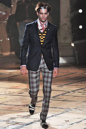 Maximiliano Patane3014_FW10_Milan_Vivienne Westwood(nymag)