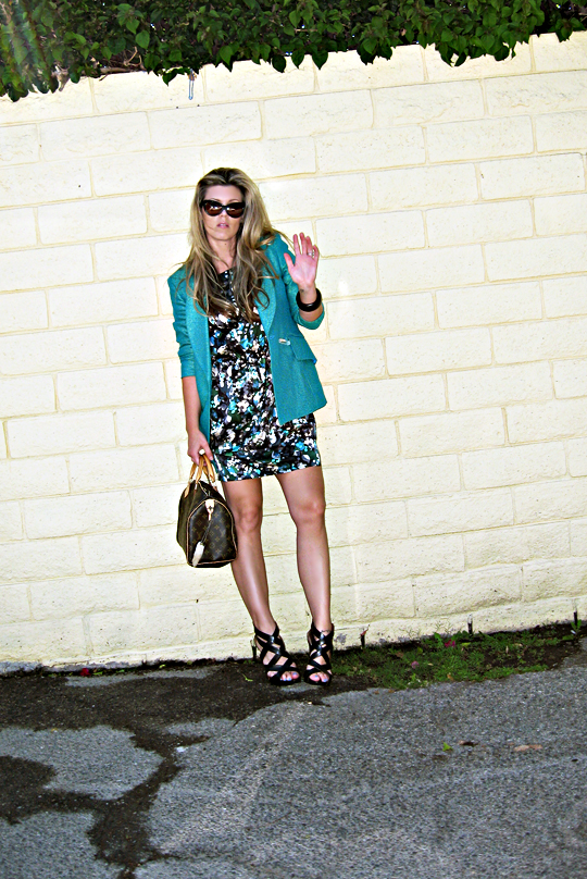 floral dress+teal blazer+tom ford sunglasses+pour la victoire strappy wedge sandals