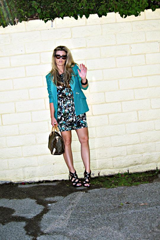 floral dress+teal blazer+tom ford sunglasses+pour la victoire strappy wedge sandals