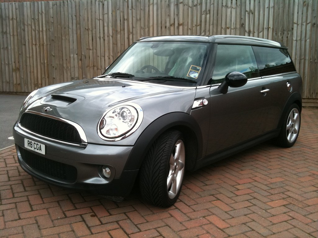 Mini Cooper S Clubman - Front N/S