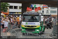 2010-07-03 Tour de France 2010 - Reclamekaravaan - 75 (Topaas) Tags: rotterdam tourdefrance kopvanzuid afrikaanderwijk rijnhaven posthumalaan granddpart hillekop tourdefrance2010 granddpart2010
