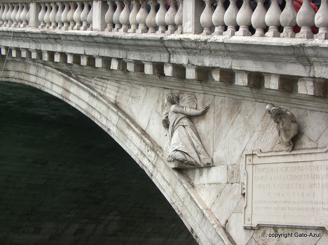 Venice - Rialto Bridge (Detail)