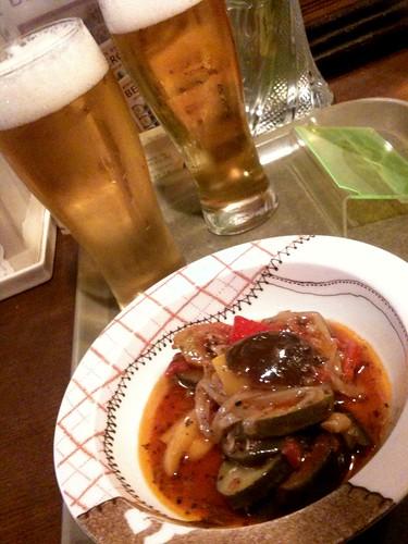 新宿駅東口のBERG、ラタトゥーユで麦酒をやる!