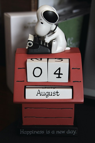 Peanuts Desk Calendar