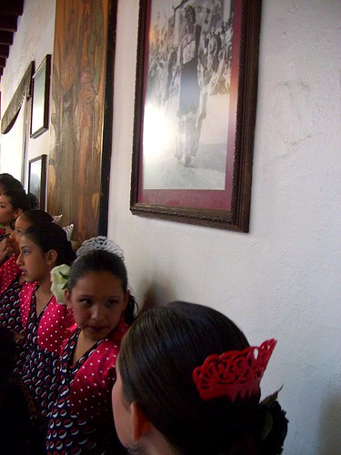 El Paseo Dancers Thurs 19