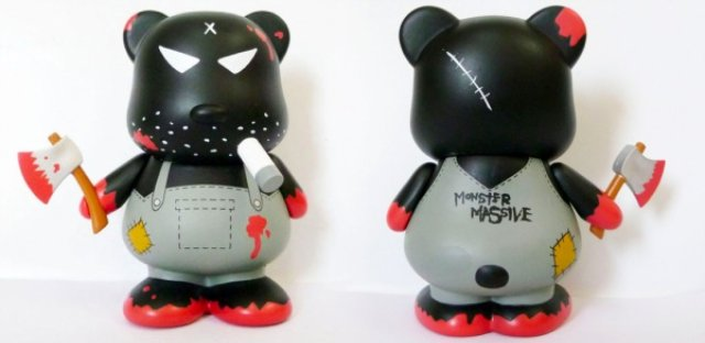 Frank-Kozik-x-Go-Ventures-Limited-Edition-Monster-Massive-Bloody-Bear