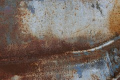 Struckturen_Oberflchen_Rost_Holz_2010_022 (Stilkollektiv) Tags: metal wasser jan jim rost holz feuer farbe lack oberflchen texturen albrand struckturen eckardt verottet pegbar stilkollektiv eckigg
