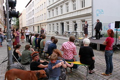 KultiWIRung: Kunstauktion mit Lars Johansen und Sophie.